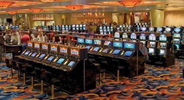 казино леон,казино леон отзывы,играть казино леон