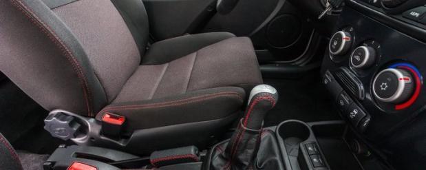 У АвтоВАЗа появится вариант спортивной машины для девушек