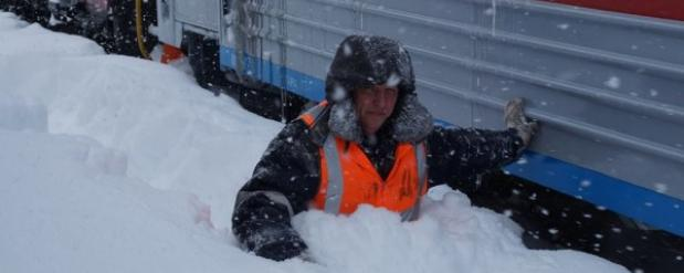 На Сахалине из-за сложных погодных условий ограничили движение автобусов