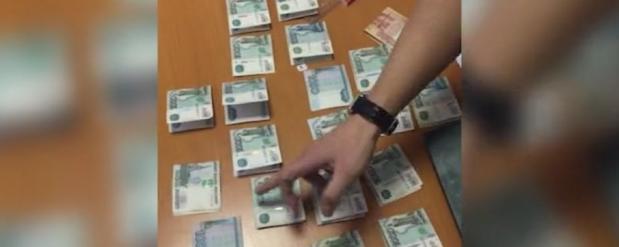 В Самаре задержали мужчину из-за попытки подкупить таможенника