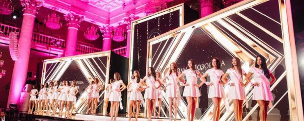 Алессандра Амбросио примет участие в «Миссии красоты» со звёздами российского шоу-бизнеса